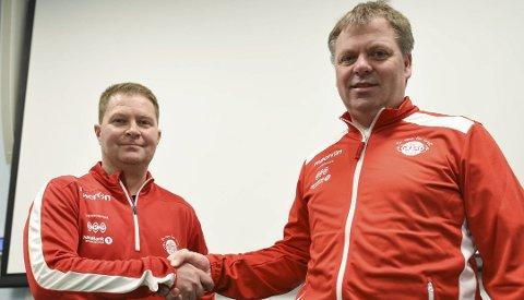 FORNØYD: Jan Ove Edvardsen kunne endelig ønske Grands nye hovedtrener, Jan Tore Bakli (til venstre) velkommen til klubben.