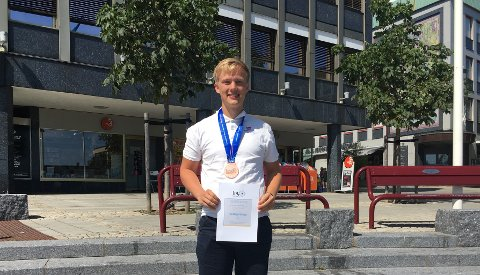 FYSIKKGENI: Ola (18) vant bronsemedalje i fysikk-OL i Israel.