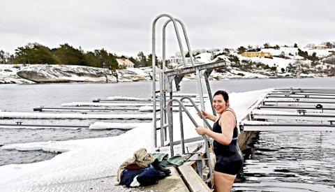 Sara Renee Tung er ikke redd for kaldt vann. Hun bader året rundt.