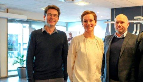Atle Andersen i PEAB og arkitektene fra PV da de la fram prosjektet.