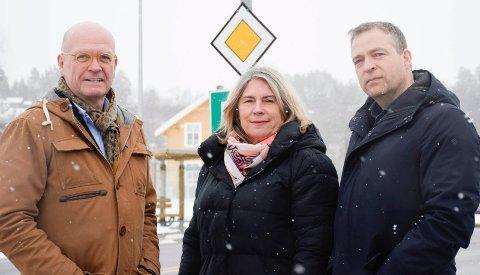 BREV: Ordførerne Syver Leivestad, Kirsten Orebråten og Morten Lafton har fått med seg kolleger i Modum og Krødsherad på å skrive brev til statsråd Knut Arild Hareide.