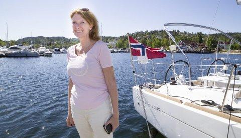 KLAR FOR FESTIVAL: Havnesjef Ann Kristin Hagby Røisland gleder seg til å se Christian Radich prege årets Hurum Trebåtfestival.