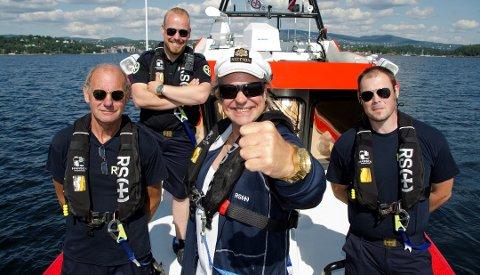 Alex Rosén oppfordrer alle til å sjekke vesten 26. mai. Foto: Redningsselskapet/ANB