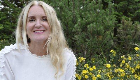 Første sexolog: Hun er en vennlig person med et vinnende vesen. Det er inntrykket vi sitter igjen med etter møtet med Notoddens første sexolog, Beate Alstad.