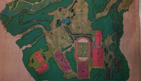 GAMMELPLAN:Kartiskisse fra 1990 av planlagt sentralidrettsanlegg på Mostuberget, på platået sør for Svartkruttveien mellom Kruttverket og rådhuskvartalet.