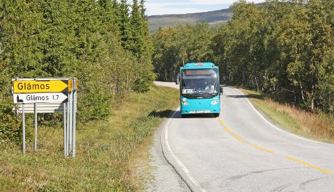 DIREKTERUTE:  Flertallet i fylkestinget i Trøndelag har gjennom flere vedtak bestemt at det skal være et gjennomgående busstilbud mellom Røros og Trondheim, uten omstigning på Støren. – Utgangspunktet er å opprettholde dagens tilbud, men om vi klarer å få det til er noe uklart. Vi får se på anbudene som kommer inn når fristen går ut på vårparten neste år, sier fylkestingsrepresentant Rune Krogh.