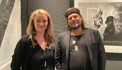SAMARBEID: Per Heimly og Line Westgaard viser i disse dager frem smykkene de har designet sammen.