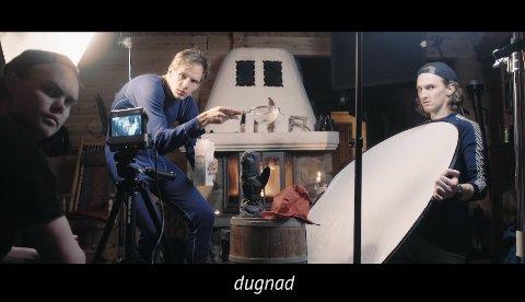 Daniel Fure Schwarz, her som statist i eigen film. Musikkvideoen er nominert til årets kortfilmfestival 2016.