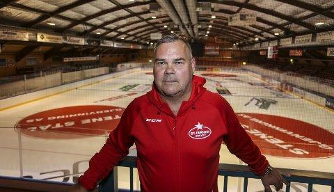 ENDELIG:  Leif «Strumpan» Strömberg gleder seg til sin første isøkt i Stjernehallen.