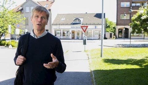 PÅ EGEN HÅND: MDGs Svein-Erik Figved sier folkeavstemning er det eneste rette, men at Horten kommune i grunnen klarer seg bedre og bedre på egen hånd.