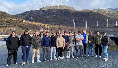 PÅ TOPPEN: Kongsvingers lag hadde kl. 11.00 fredag nådd Filefjell, som markerer grensen mellom Vestlandet og Innlandet og E16 når sitt høyeste punkt med 1013 m.o.h.