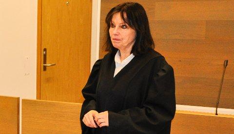 BISTAND: Inger Marie Støen er bistandsadvokat for den fornærmede kvinnen. Og for de to barna hun har med tiltalte.