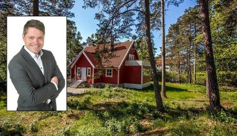 FORNØYD MEGLER: Lars-Håkon Nohr solgte Kjærlighetsstien 31 for nesten 2 millioner kroner over takst.