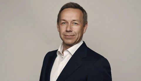 Investor: Heinrich Zetlmayer fra Sveits så potensialet på Gimsøy da Frode Hov og Lofoten utvikling AS solgte inn et ferdig konsept med seks hytter med tre rom med hotellstandard i hver hytte.Foto:Privat