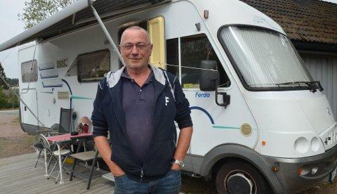 Odd Arne Schistad deler året mellom Norge og Portugal. Begge steder bor han i bobilen sin.