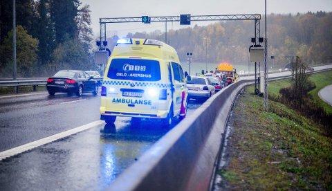 Det dør fire personer i snitt hvert år og 18 blir skadet i de 143 ulykkene som skjer årlig i påsketrafikken. Med noen gode råd på veien, kan pakking av bilen og turen til påskeferien gå flere komme seg trygt fram.