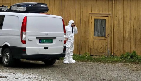 FUNNET DØD: Politiet opplyser at de rutinemessig etterforsker et dødsfall i Hamar sentrum. Politiet har ikke mistanke om at det ligger noe kriminelt bak dødsfallet.