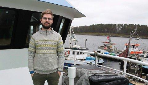 FISKER: Ole Didrik Abrahamsen forteller om økte rekepriser. Selv er han skipper på reketråleren «Albatross».