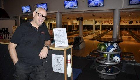- Det er urettferdig at vi i en kommune uten koronasmitte tvinges til å stenge får å redusere smittepresset i og rundt Oslo, sier daglig leder Tommy Pedersen ved TP Bowlingsenter.