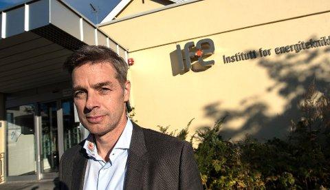 FORNØYD: Til sammen får IFE 35 ekstra millioner kroner til arbeidet med å fjerne atomavfallet på Kjeller.
