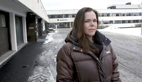 Reagerer: Siv Granerud har vært vikar for barnehagene i Aurskog-Høland i snart tre år. Nå er det brått slutt fordi kommunen vil unngå lovbestemmelsen som gir henne rett til fast ansettelse. Foto: Thor Fremmerlid