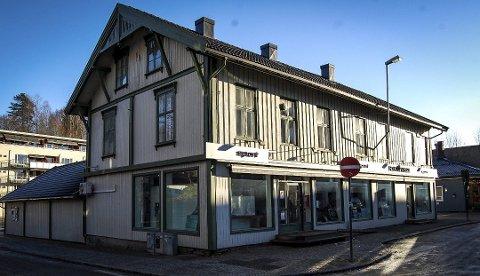 RIVES: Femellgården fra andre halvdel av 1800-tallet er en av bygningene som må rives for å gi plass til Wergelandskvartalet.