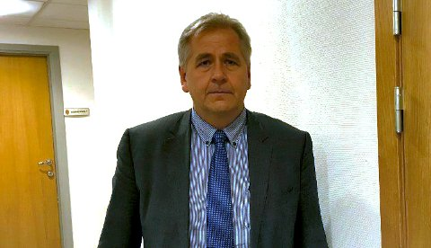 BOSTYRER: Advokat Jostein Nordbø i  advokatfirmaet Økland & Co Ser nærmere på virksomhetsoverdragelsen forut for tvangsoppløsningen. (Foto: Bjørn Ivar Bergerud)