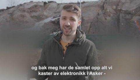 WEBINAR: Regissør og youtuber Anders Øvergaard fra Heggedal har vært på Follestad gjenvinningsstasjon for å se hvor mye elektronikk Asker kaster i uka. Hvordan det gikk, får du se i webinaret «Hva kaster Asker?» neste uke.