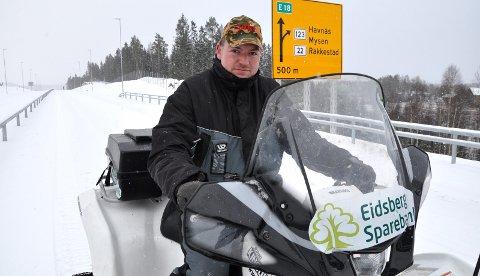 NY ROVVILTKONTAKT: Bjørnar Berger fra Marker er ny rovviltkontakt øst for Glomma. Han gleder seg til sporsnøen legger seg.