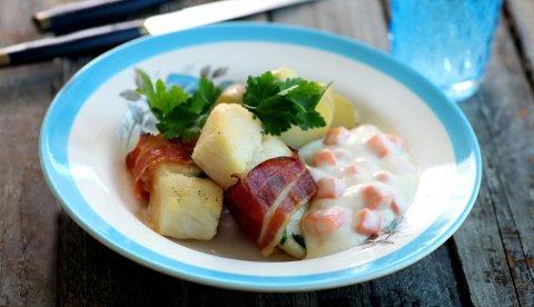 Klippfisk er en delikatesse som kan varieres i det uendelige. Bli inspirert av denne oppskriften med bacon og gulrotstuing.