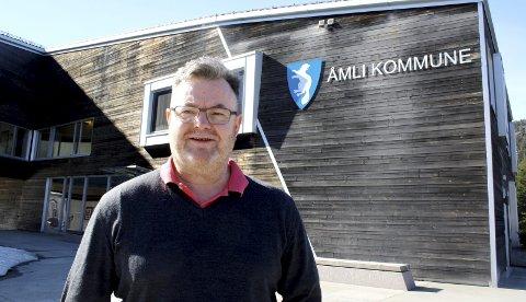 Overrasket: Tidligere Åmli-ordfører Reidar Saga (Ap) reagerer på hvordan kommunen har håndtert søknaden fra Heimover-festivalen. Nå ønsker han at dette blir en sak for politikerne. Han mener kommunen har muligheter til å opprettholde festivalstøtten på 60.000 kroner. - Vi har ikke så dårlig råd, sier han. Arkivfoto