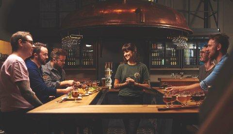 MAKROBRYGGERIGÅRMIKRO:Fra baren i det nye brygghuset til Ringnes øverst i Thorvald Meyers gate på Grünerløkka i Oslo.