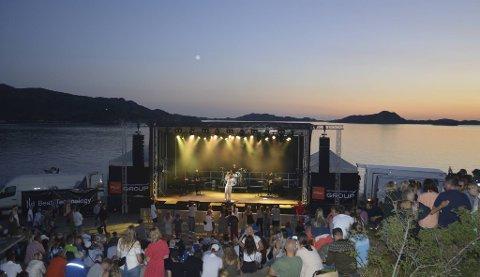 Heilt sidan mars har festivalen leitt etter ny festivalsjef – utan hell.