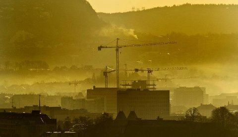 Luften i Bergen er dårlig tirsdag kveld.
