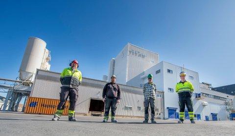 Skal rekruttere flere ansatte: Fra venstre Bjørn Olav Karlsen, Martin Aleksandersen, Petter Olaus Eriksen og Jan Klauset ved Kronos Titan.