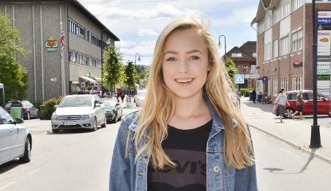 TRAVEL HØST: Ida Eline Wøien fra Moen inntar Nasjonalteateret til høsten.