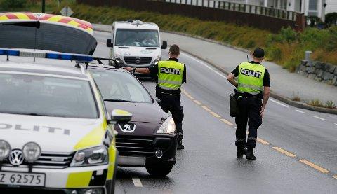 Utrykningspolitiet (UP) i Haugesund ute på kontroll.  Arkivfoto: Harald Nordbakken