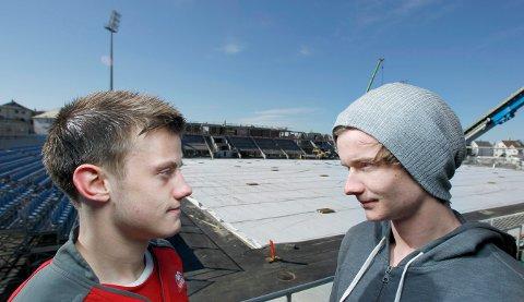 VENDER TILBAKE? Erlend (t.v.) og Simen Grov på Haugesund stadion i 2014.