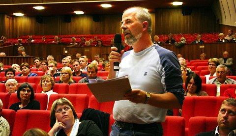 Ny aksjon: Gunnvald Lindset, her fotografert på et folkemøte i Odda arrangert av Folkebevegelsen for lokalsykehusene, er sentral i planleggingen av en ny aksjon i Oslo 12. august.