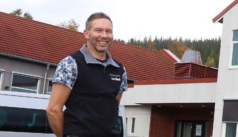 Lars Henrik Kristiansen blir rektor til høsten, og dermed trenger Mosjøen videregående Marka en ny avdelingsleder naturbuk.