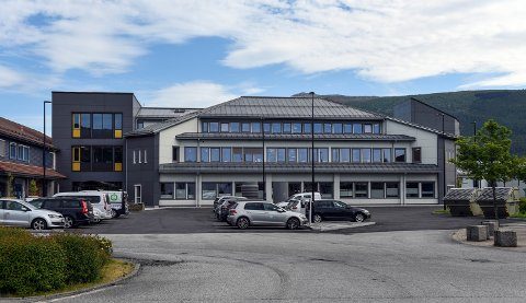 NAV: Det lokale Nav-kontoret held til i det nye tenestesenteret på Husnes.
