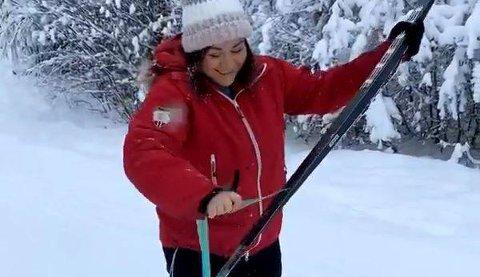 Nye ski: Mye kan gå galt med nye ski. Det erfarte Natalia C. Heinrich på mandag.