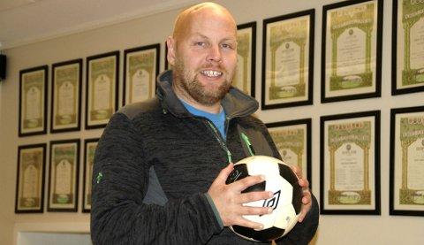 UTSPILL: Kim-Verner Solstad ønsker et samarbeid klubbene imellom til fotballens beste og utvikling.