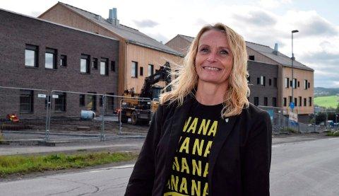 SPAREPENGER: Guri Bråthen (Ap) er villig til å bruke av kommunens sparepenger til drift av grunnskoler.