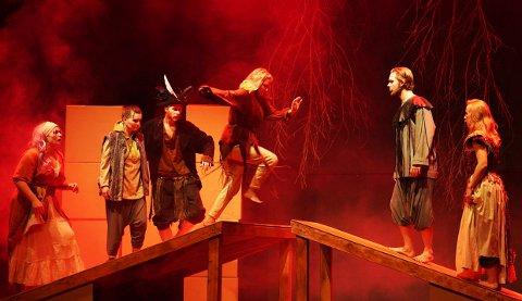 RONJA RØVERDATTER: Lørdag og søndag kan du bli med inn i Astrid Lindgrens verden i musikal-versjonen om Ronja Røverdatter på Teaterhuset Munken.