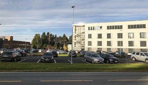 SKIVE: Det politiske flertallet parkeringsskive for besøksplassene på Helsehuset.