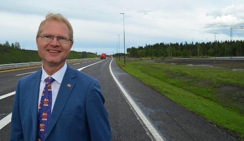 VIL CASHE UT ALT: Stortingsrepresentant Tor André Johnsen (Frp) mener det er mulig for staten å cashe ut all bompengegjeld, inkludert den på riksveg 3/25.