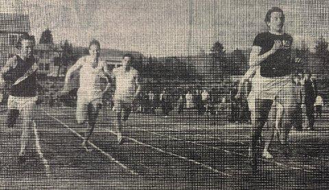 100 M: Rolf Rosenvold vinner 100 m foran Geir Åsgården, Ole Sveen, Dag Forstrøm og Kåre Gjermundsen.