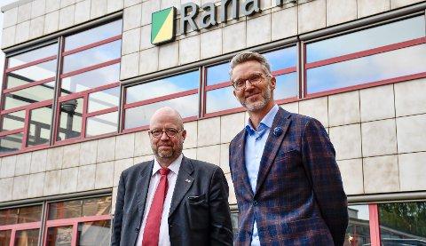 VIKTIG MØTE: Kystdirektør i Kystverket, Einar Vik Arset møtte tirsdag blant annet ordfører i Rana kommune, Geir Waage, hvor temaet var en raskere oppstart av etableringen av ny dypvannskai i Rana.