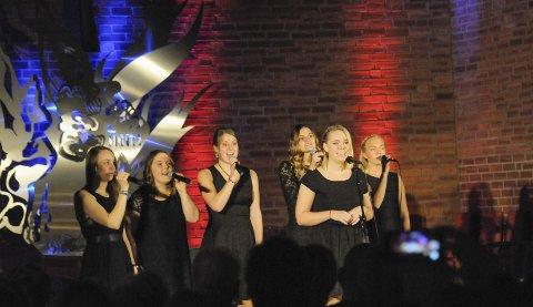 Musikklinja under en konsert i Ullerål kirke.
